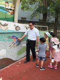 山佳國小許校長親自導覽生態教育