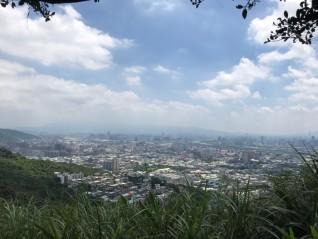 青龍嶺俯瞰大台北